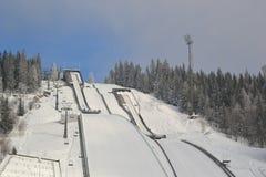 Centro turístico del salto de esquí fotografía de archivo libre de regalías