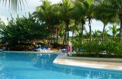 Centro turístico en Costa Rica con la piscina Fotos de archivo libres de regalías
