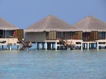 Centro turístico en paraíso de la isla de Maldivas Fotografía de archivo libre de regalías