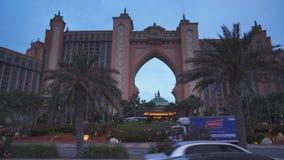 Centro turístico multimillonario famoso, hotel y parque temático de la Atlántida del dólar en la isla de Jumeirah de la palma por foto de archivo
