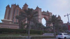 Centro turístico multimillonario famoso, hotel y parque temático de la Atlántida del dólar en la isla de Jumeirah de la palma por imagen de archivo