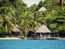 Centro turístico tropical en la playa Imagen de archivo libre de regalías