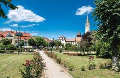 Centro urbano della Romania di mezzi immagini stock