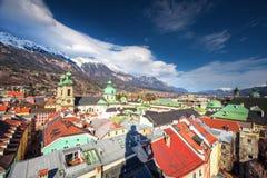 Centro urbano di Innsbruck dalla torre di Stadtturm Fotografie Stock