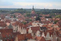 Centro urbano di Lüneburg da sopra - la Germania Immagini Stock