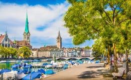 Centro urbano di Zurigo di estate, Svizzera Immagine Stock Libera da Diritti
