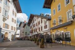 Centro urbano storico di Kitzbuhel, Tirolo, Austria Fotografia Stock Libera da Diritti