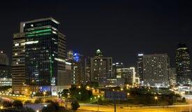 Centrum av Dallas på natten Royaltyfri Fotografi