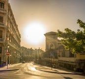 Centrum av Granada, Spanien, Europa under guld- timme av solar Royaltyfria Bilder