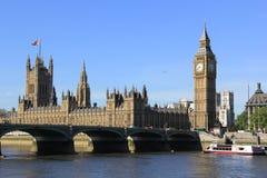 Centrum Londyn i Big Ben wierza Fotografia Stock