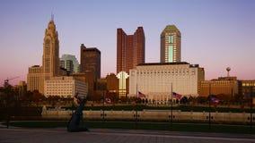 Centrum miasta przy półmrokiem w Kolumb, Ohio Zdjęcia Royalty Free