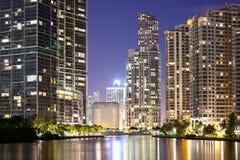 Centrum och Brickell tangent i Miami Royaltyfri Bild