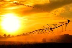 Centrum Pivot Waterwheel wody Irygacyjny kropidło zdjęcia stock
