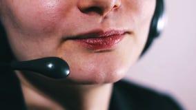 Centrum Telefoniczne operator Opowiada Z klientem zdjęcie wideo