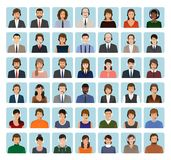 Centrum telefoniczne pracownika avatars ustawiający z słuchawki Serwisów pomocy charakterów ikony twarze ilustracja wektor