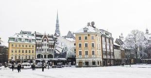 Centrum van de oude stad van Riga - hoofdstad van Letland, Europa, 17 01 2017 stock foto