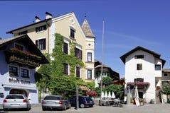 Centrum van het wijndorp van Girlan in Zuid-Tirol Royalty-vrije Stock Afbeeldingen