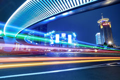 Centrum van Shanghai van de binnenstad bij nacht Royalty-vrije Stock Foto's