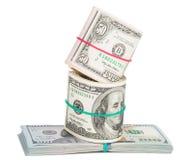 Cents billets d'un dollar enroulés avec le rubberband Image libre de droits