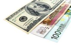 Cents billets de banque du dollar, d'euro et de rouble Photo stock