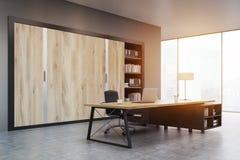 CEO ufficio con le porte di legno e uno scaffale, tonificato Fotografia Stock