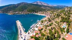 Cephalonia wyspy Agia Effimia jachtów mały portowy schronienie Obrazy Stock
