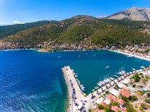 Cephalonia wyspy Agia Effimia jachtów mały portowy schronienie Zdjęcie Stock