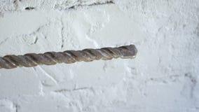 Cepille en el metal y el taladro oxidado metrajes