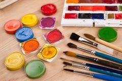 Cepillo, herramientas de la pintura Imagen de archivo libre de regalías
