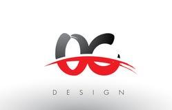 Cepillo Logo Letters OC O C con el frente rojo y negro del cepillo de Swoosh Fotos de archivo libres de regalías