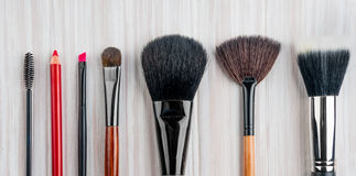 Cepillo profesional del maquillaje Foto de archivo