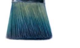 Cepillo usado azul aislado del pintor Foto de archivo libre de regalías