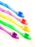 Cepillos de dientes aislados en blanco Fotos de archivo