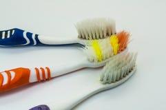 Cepillos de dientes viejos Fotografía de archivo