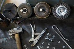 Cepillos de la taza para la metalurgia imágenes de archivo libres de regalías