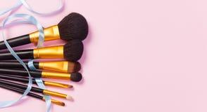 Cepillos del maquillaje Foto de archivo libre de regalías