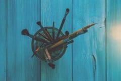 Cepillos para dibujar en un vidrio Imagen de archivo libre de regalías