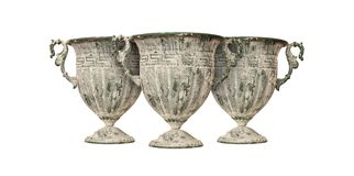 Cerámica - tres floreros antiguos hermosos Fotos de archivo libres de regalías