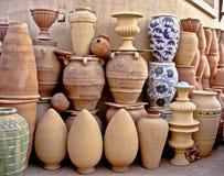 Cerâmica árabe feito a mão nas cores Fostat o Cairo Fotografia de Stock Royalty Free