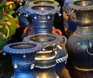 A cerâmica dos potenciômetros de flor fez a objetos a fotografia conservada em estoque Fotos de Stock