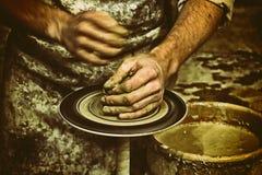 Cerâmica, escultor, oleiro retro Fotografia de Stock Royalty Free