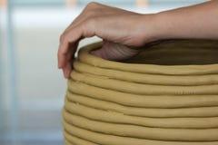 Cerâmica feito a mão: Arte e ofício Imagens de Stock