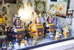 Cerâmica italiana tradicional fotos de stock