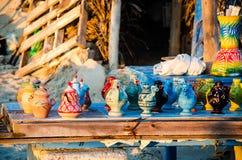 Cerâmica tradicional de Tunes, Djerba, o 7 de novembro de 2014 Imagem de Stock Royalty Free