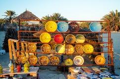 Cerâmica tradicional de Tunes, Djerba, o 7 de novembro de 2014 Fotos de Stock
