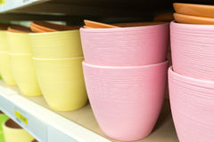 Ceramic flower pots at the shop Royalty Free Stock Images