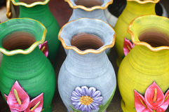 Ceramic handycrafts in the shops along the main road of San Juan Oriente in the highlands between Granada and Masaya, Nicara Royalty Free Stock Photos