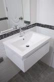 Ceramic wash basin in bathroom Stock Photography