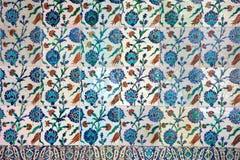 Ceramica di Iznik con il disegno floreale Fotografie Stock Libere da Diritti