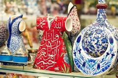 Ceramica turca tradizionale sul grande bazar Fotografie Stock